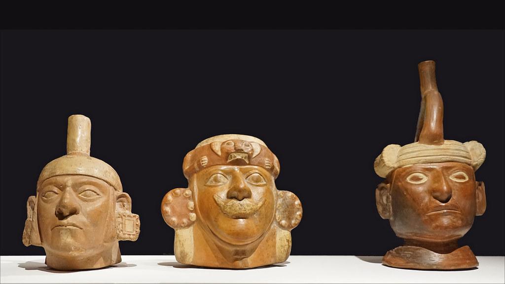 Statues en céramique des Moches du Pérou