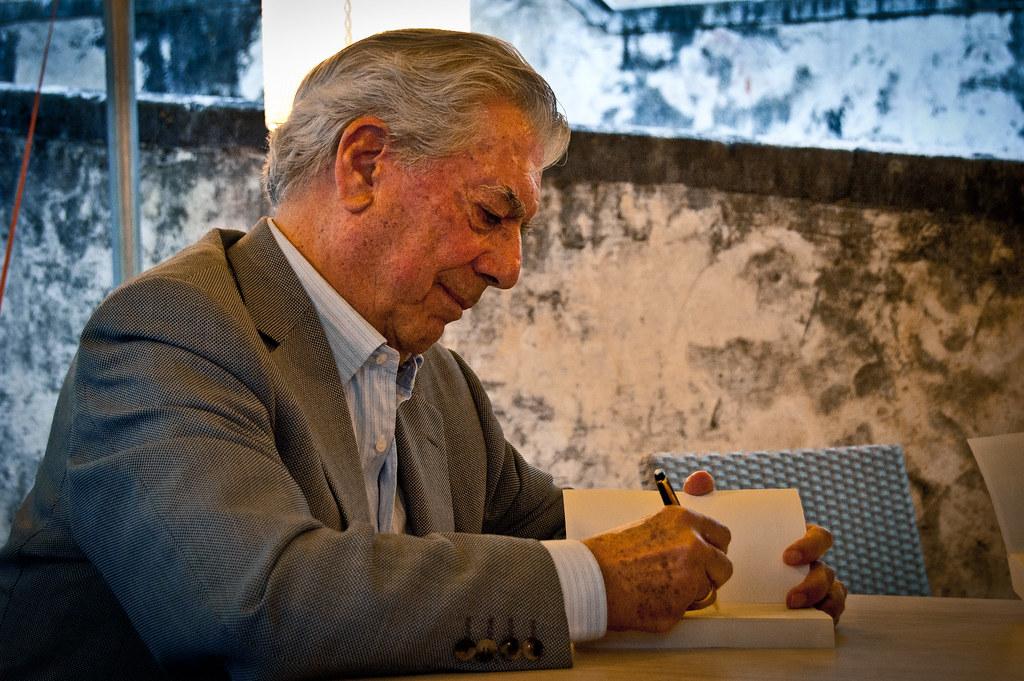 Ecrivain Vargas Llosa