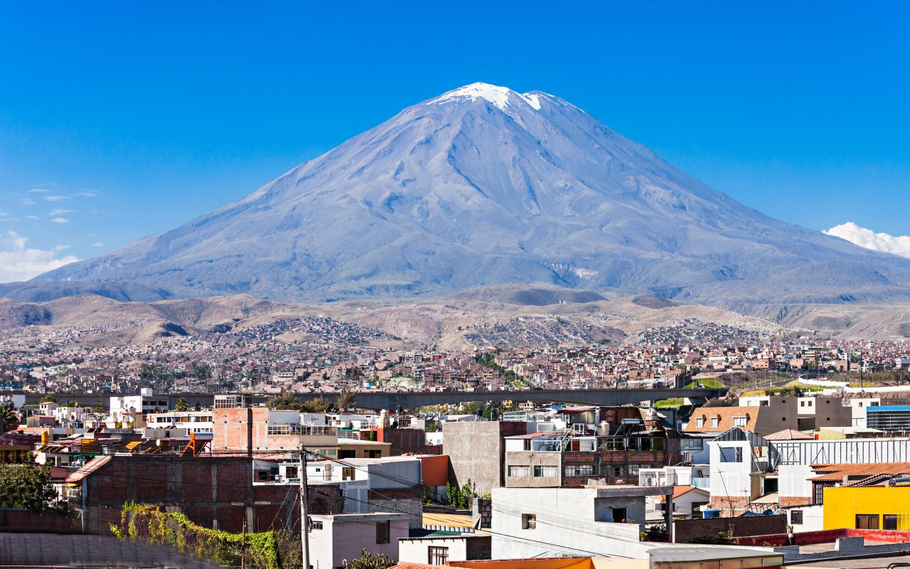 Vue sur le Misti volcan au Pérou