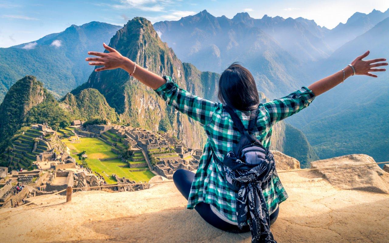 Voyageuse au Machu Picchu