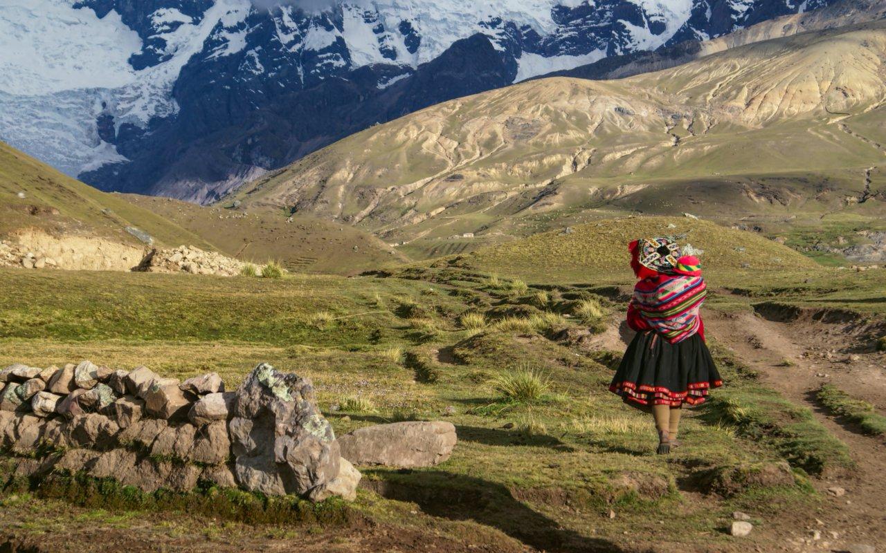 Péruvienne dans la montagne de l'Ausangate
