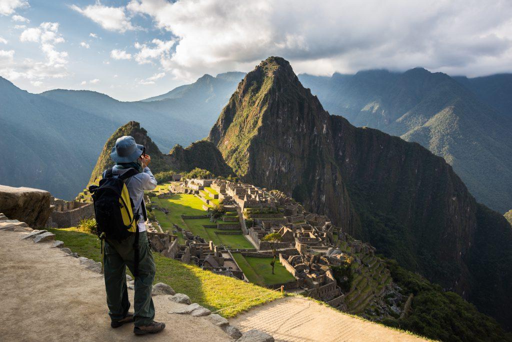 Voyageur au Machu Picchu