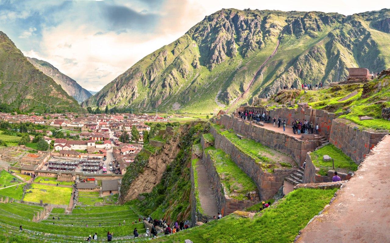 Forteresse Inca a Ollantaytambo dans la Vallée Sacrée