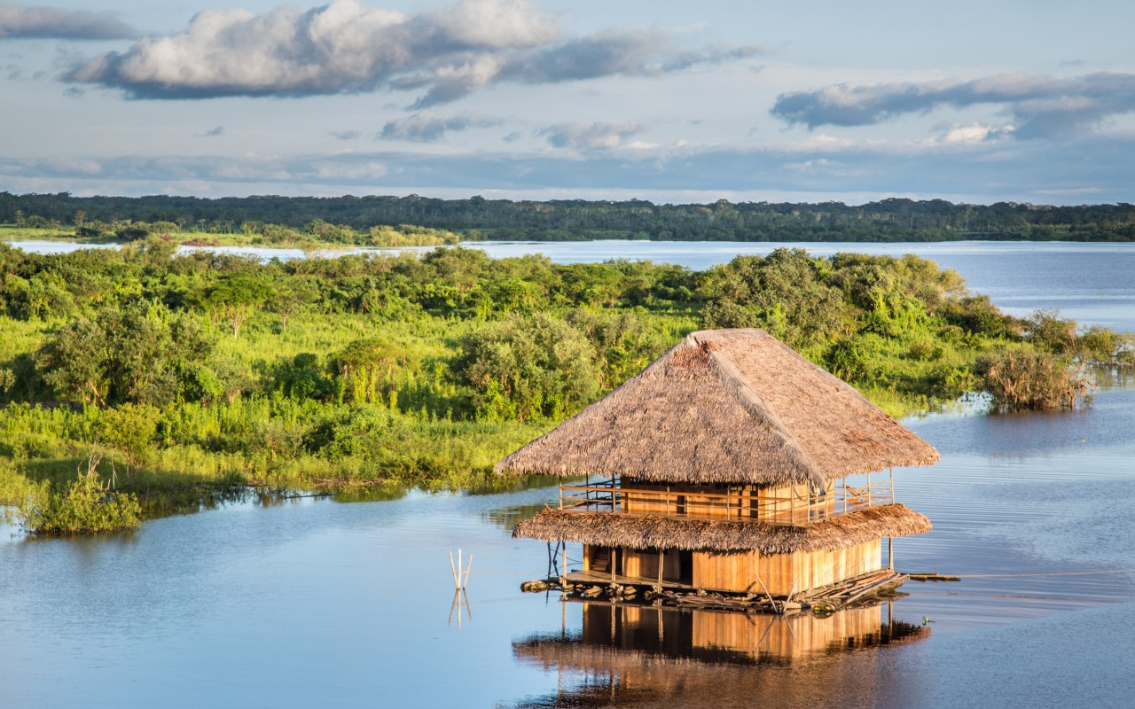 Maisons flottantes en Amazonie